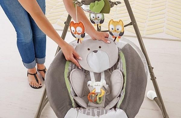 Fisher-Price My Little Snugabear Cradle 'n Swing 4