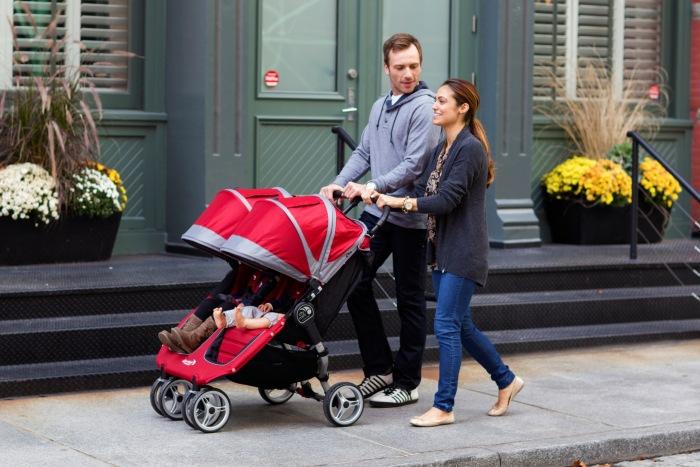 Baby Jogger City Mini Double Maneuvering